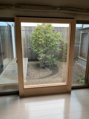 玄関リフォーム&窓も大変身_b0185592_10154897.jpg