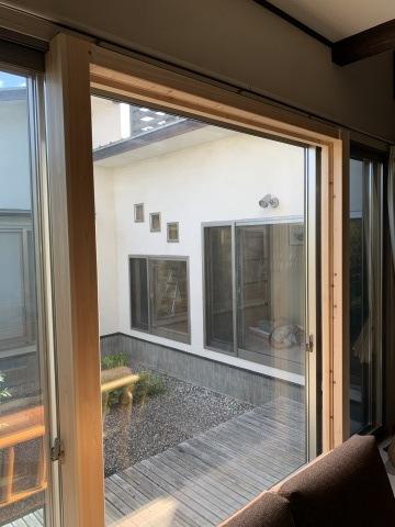 玄関リフォーム&窓も大変身_b0185592_10160793.jpg