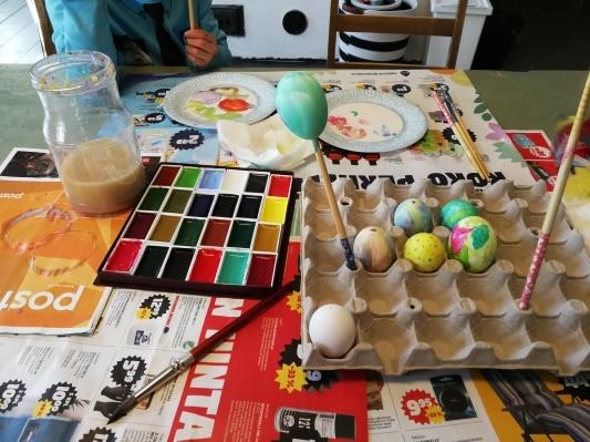 卵が大活躍 イースター_d0090294_16223033.jpg