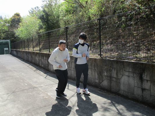 4/22 日中活動_a0154110_13554164.jpg