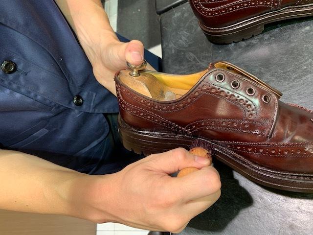 【おうちで靴磨き】クリーム塗布時の盲点_b0226322_14261910.jpeg