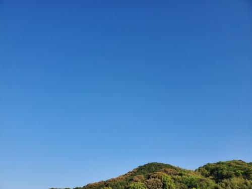 こんなにも青空なのに_c0219018_17552059.jpg