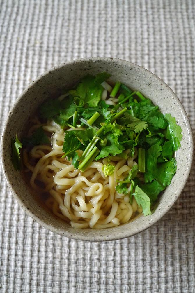 ウチで食べよう Okinawasoba EIBUNの弁当と持ち帰りそば_b0049152_17070282.jpg