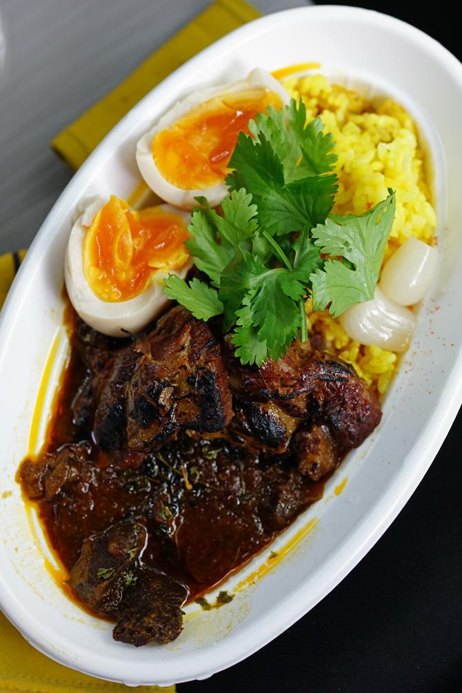 ウチで食べよう Okinawasoba EIBUNの弁当と持ち帰りそば_b0049152_17070323.jpg