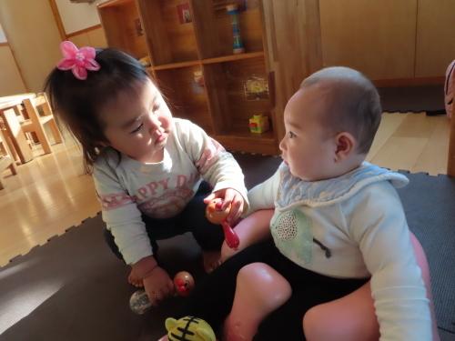 4月 乳児フロアの様子_f0327175_14192388.jpg