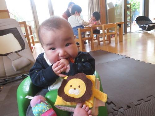 4月 乳児フロアの様子_f0327175_14564325.jpg