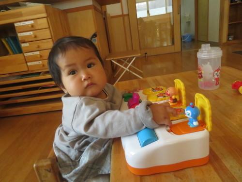 4月 乳児フロアの様子_f0327175_15163199.jpg