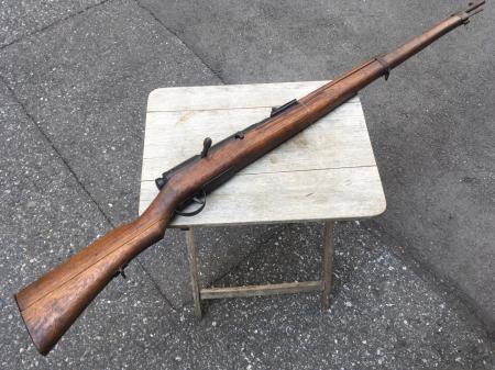 三八式教練銃・機関部は非鉄金属(ブリキ製)模擬銃。_a0154482_23342936.jpg