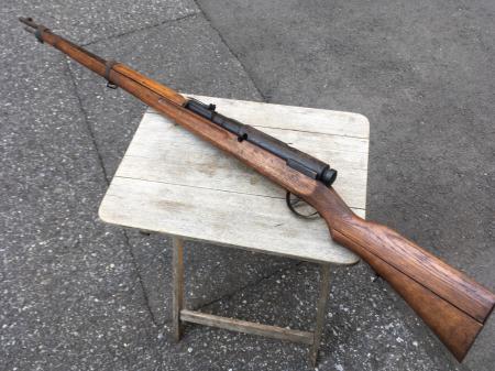 三八式教練銃・機関部は非鉄金属(ブリキ製)模擬銃。_a0154482_23343138.jpg
