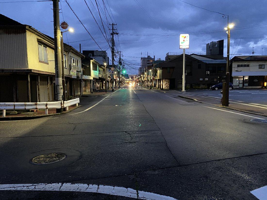 夜の散歩!_e0065084_2321696.jpg