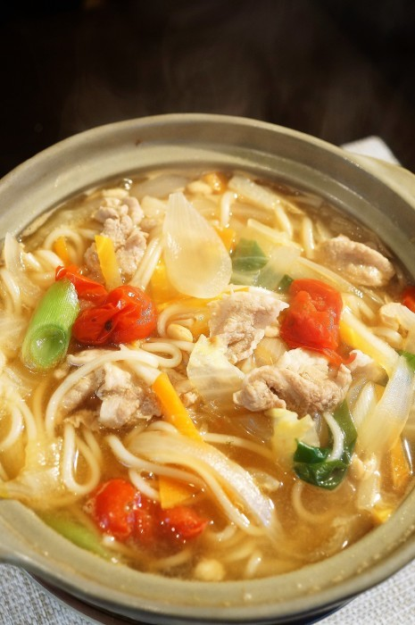 ■麺類・晩ご飯【鍋焼きうどん】_b0033423_23271004.jpg