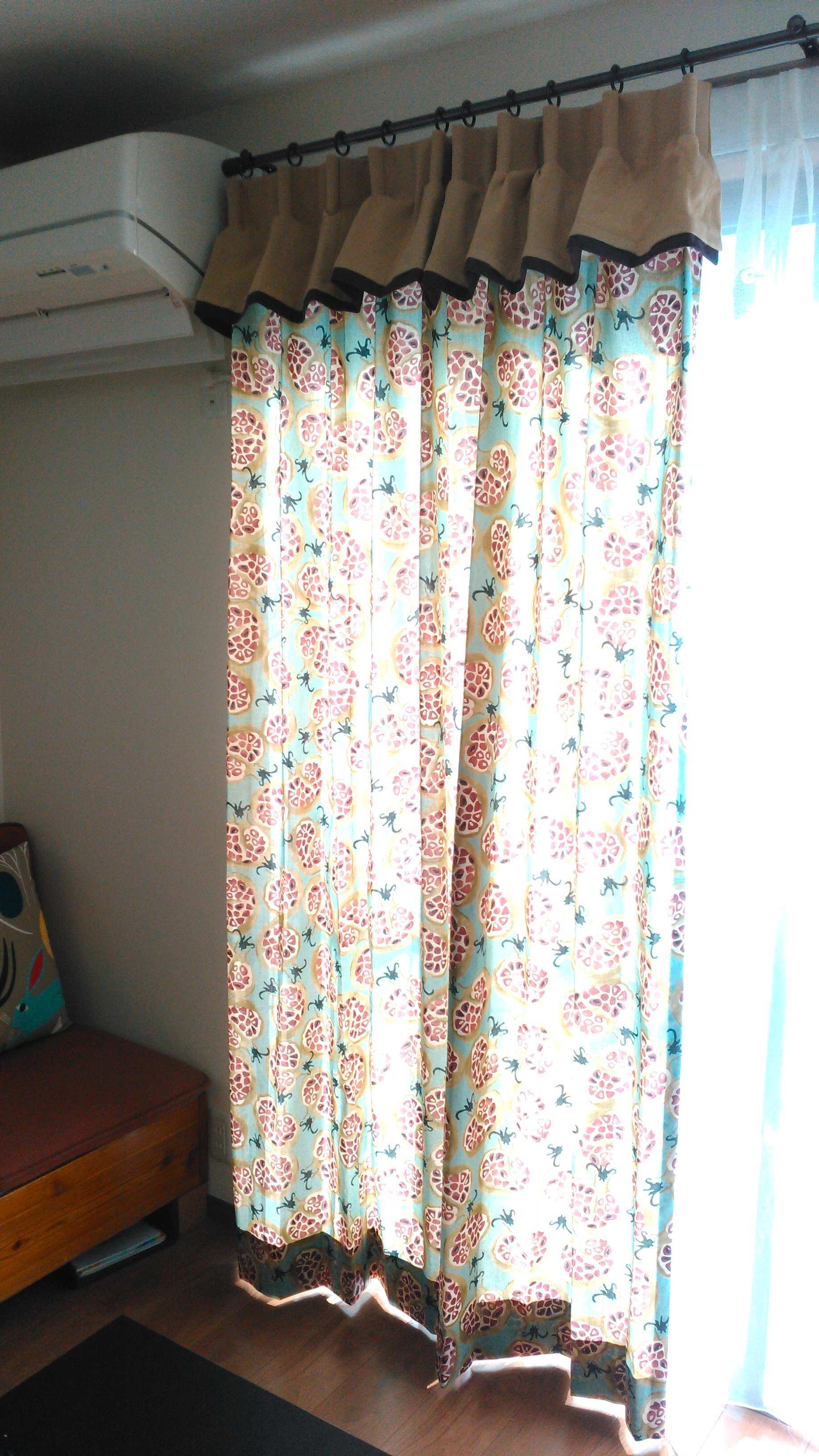 サンダーソン『ザクロ柄』のカーテン モリス正規販売店のブライト_c0157866_16113126.jpg