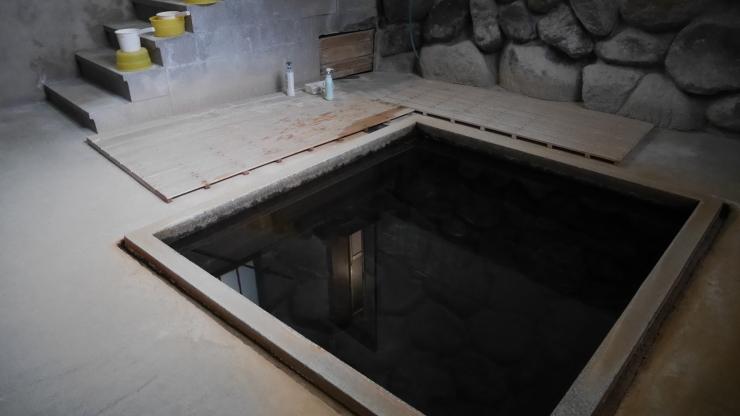 自噴泉を持つ老舗旅館―三朝温泉・桶屋旅館_a0385880_20282661.jpg