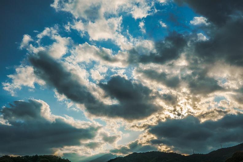 空と雲と光があれば_f0189086_19404327.jpg