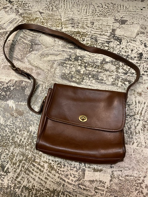 Leather Bag!!(マグネッツ大阪アメ村店)_c0078587_1982694.jpg