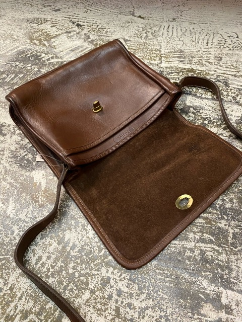 Leather Bag!!(マグネッツ大阪アメ村店)_c0078587_199193.jpg