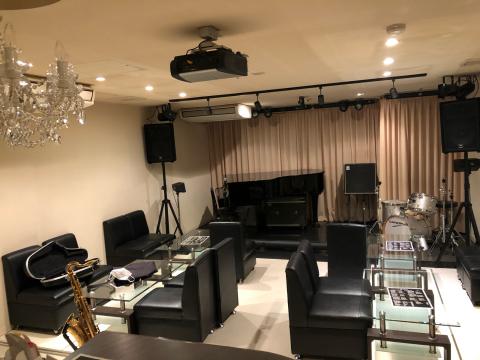 広島のジャズ Jazzlive Cominジャズライブカミン  4月13日〜5月7日まで 休業です。_b0115606_09590740.jpg