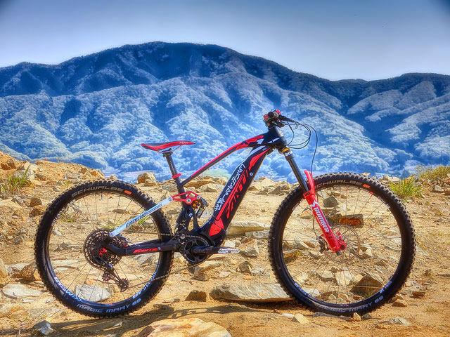 世界一のマウンテンバイク IV - at the top of the mountain XXVI_b0049658_20070365.jpg