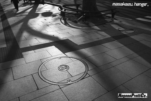 【おっ散歩カメラ放浪記:第2回】公園通りと超微粒子T-MAX_b0008475_16150523.jpg