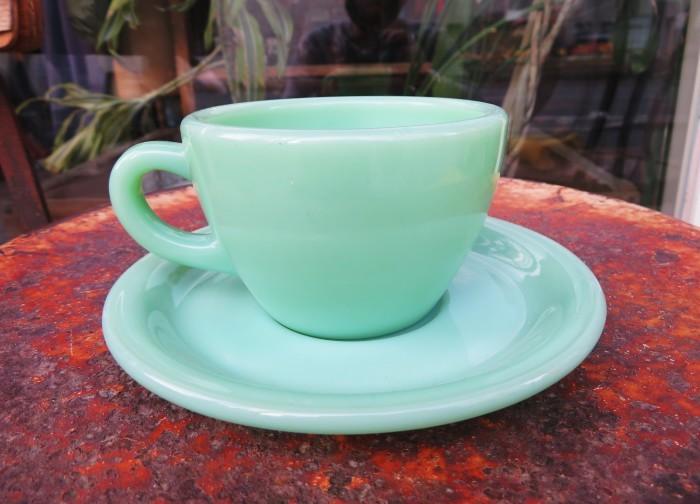 40\'s~ Fire King Jade-ite Extra Heavy Cup&Saucer + 感謝_e0187362_17265968.jpg