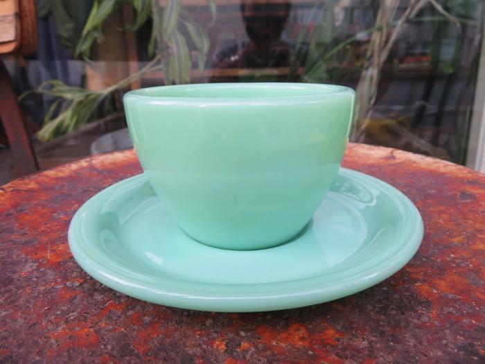 40\'s~ Fire King Jade-ite Extra Heavy Cup&Saucer + 感謝_e0187362_17280505.jpg
