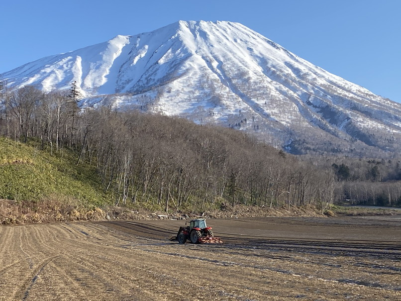 "2020年4月『春の羊蹄山、四景』 April 2020 \""Mt Yotei, Four Sceneris\""_c0219616_21473446.jpg"