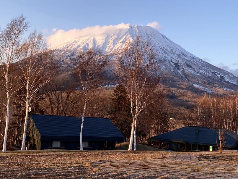 "2020年4月『春の羊蹄山、四景』 April 2020 \""Mt Yotei, Four Sceneris\""_c0219616_21473527.jpg"