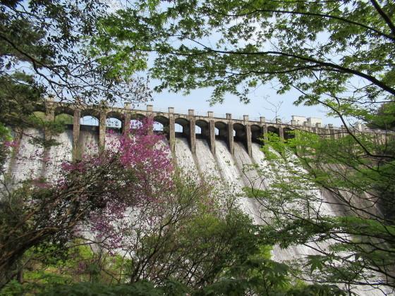 100年前のダムに感動。久しぶりにPCから投稿してみよう_f0033152_19070378.jpg