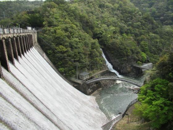 100年前のダムに感動。久しぶりにPCから投稿してみよう_f0033152_19071236.jpg