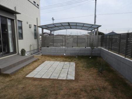 1年前のお庭。2019年の施工例から_e0356655_17243335.jpg