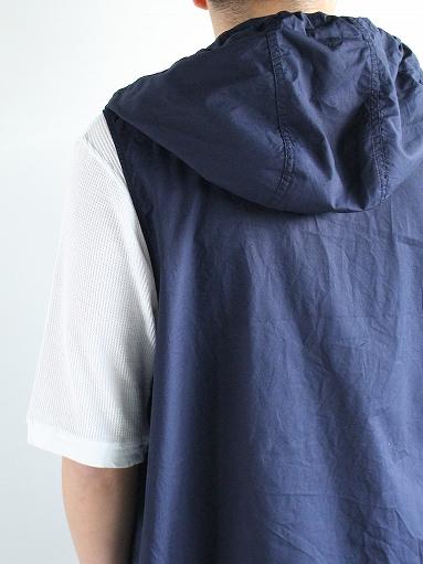 RANDT Studio Vest - Pima Cotton Poplin_b0139281_1331070.jpg