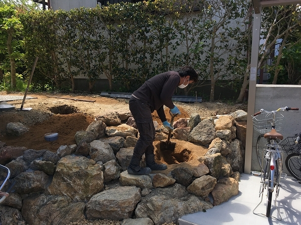 富塚 新川沿いの自然を望む天然素材の家 ★外構工事_d0205883_13130099.jpg