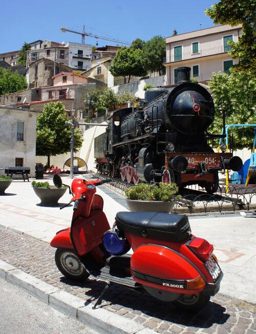 ボーヴァ1. 希少言語グレカニコと山頂の機関車にこめられた思い_f0205783_14202521.jpg