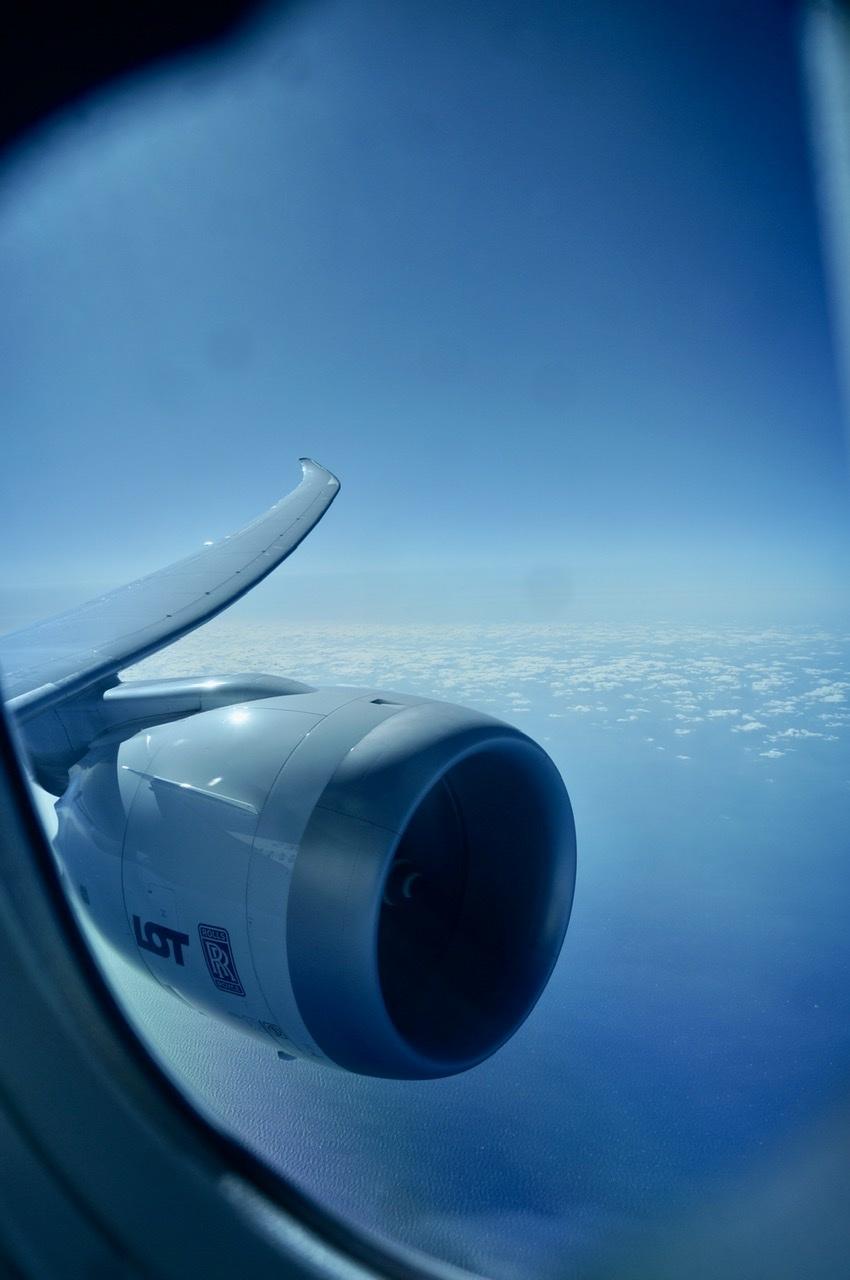 NRT-TXL LOTポーランド航空で。_c0180686_22412830.jpeg