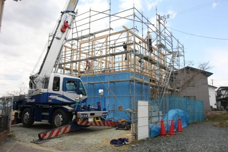 堂西建売住宅 建て方開始!!_e0150787_14472904.jpg