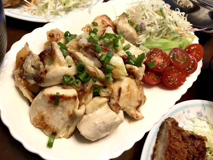 鶏むね肉のネギ塩焼きとアゲモノ♪☆祝日のランチ_c0212604_12292568.jpg