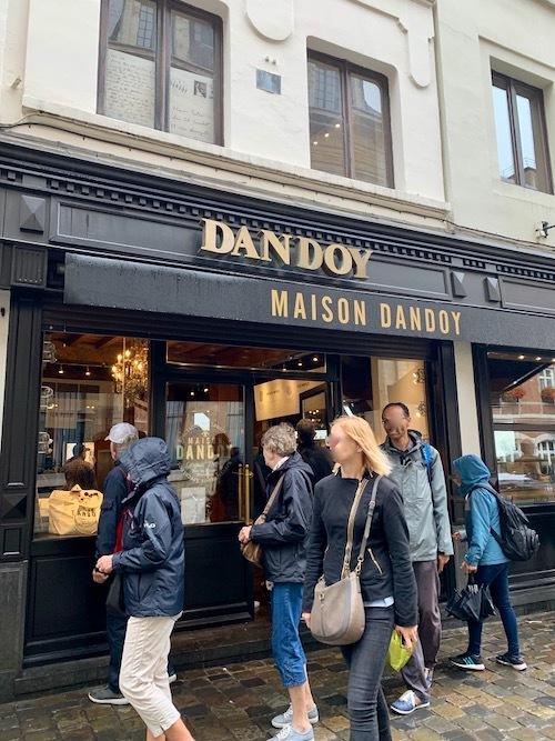 1829年創業 ベルギーの老舗ビスケット店 ダンドワ_f0380234_02415272.jpeg