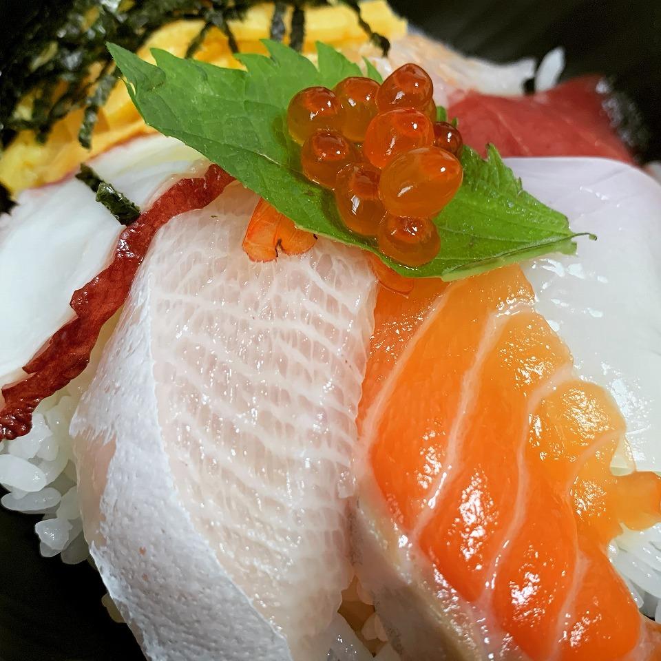 石橋阪大前「sushi&sake 篝火」【テイクアウト情報】_e0173645_17182342.jpg