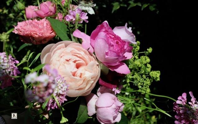 お花の力をあらためて感じてます✨💐_c0128489_21042361.jpg