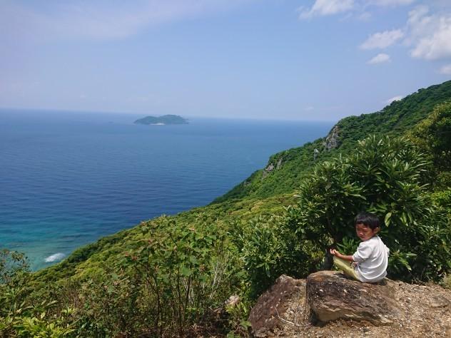 加計呂麻島より_e0220493_00322204.jpg