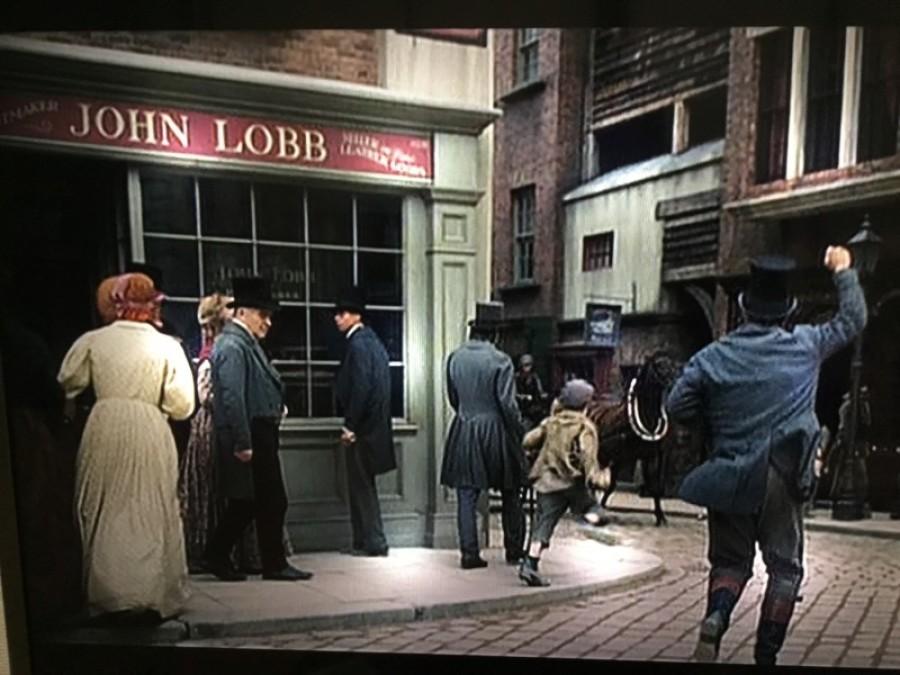 映画「オリバー・ツイスト」にあの有名英国靴店が登場!?_f0283816_14585798.jpg