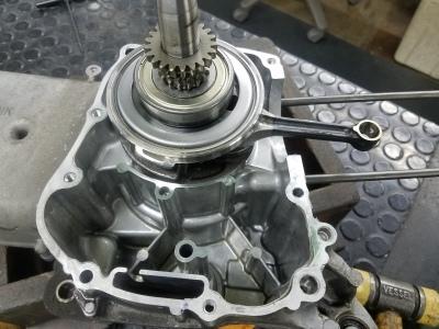 PCX170 エンジンオーバーホール①_e0114857_11182775.jpg