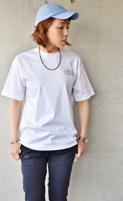 DUVETICA  NEW  Limited S/S TEE_d0152280_11110474.jpg