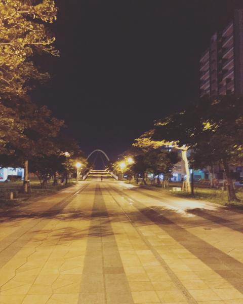 夜道_c0200353_23324463.jpg