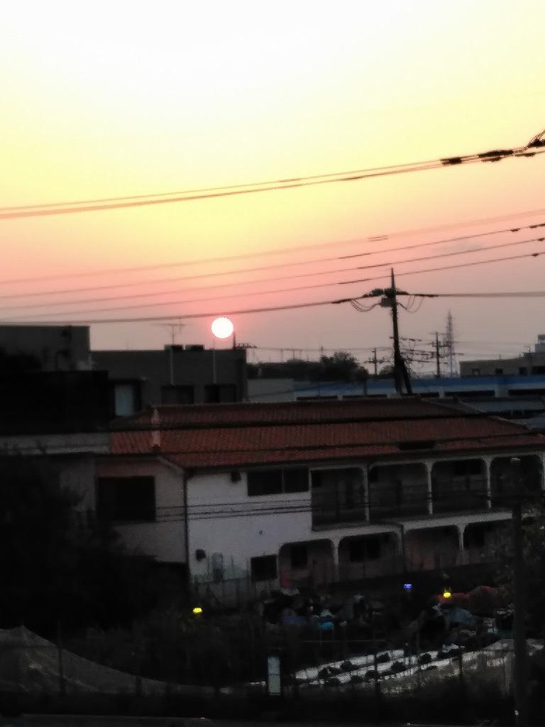 無職生活二十一日目 3 【世界がこんなでも、夕焼けはいつもどおり】_d0061678_13370166.jpg
