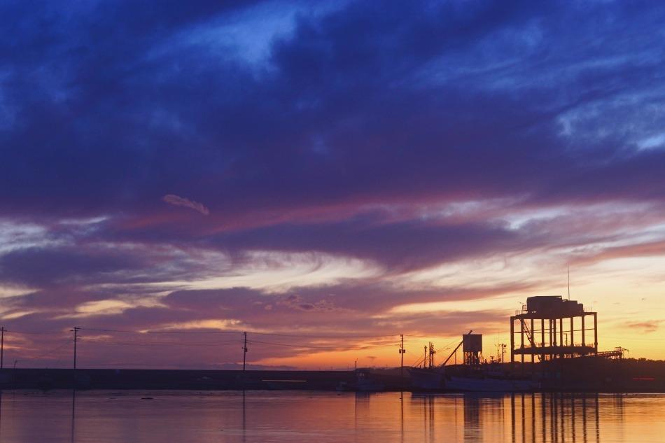 夕暮れの漁港  2020ー06‐13 更新_e0229455_14220756.jpg