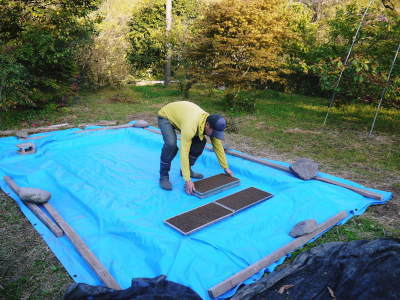 米作りの挑戦(2020年) 昨年より1週間早く苗床を作りました!(前編:温湯消毒から苗床完成まで)_a0254656_18354179.jpg