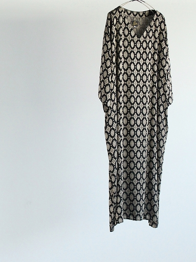 Needles  V Neck Dress - Cu/Ac Jacquard / Fine Pattern_b0139281_11241241.jpg