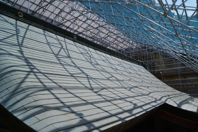 本殿 足場組立・素屋根設置  R2.4.30_f0191383_10191752.jpg