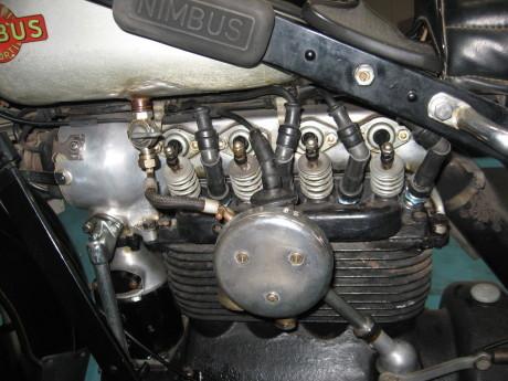 旧車_e0187704_19501658.jpg